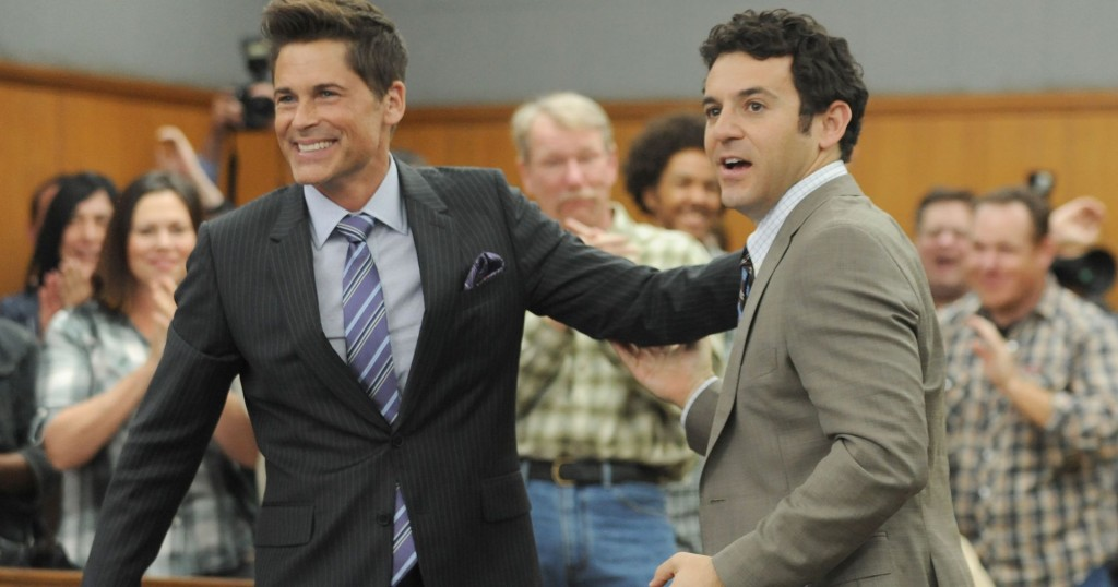 THE GRINDER: L-R: Rob Lowe and Fred Savage  ©2015 Fox Broadcasting Co. Cr: Ray Mickshaw/FOX.