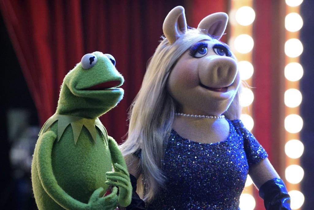 Muppets 1x01