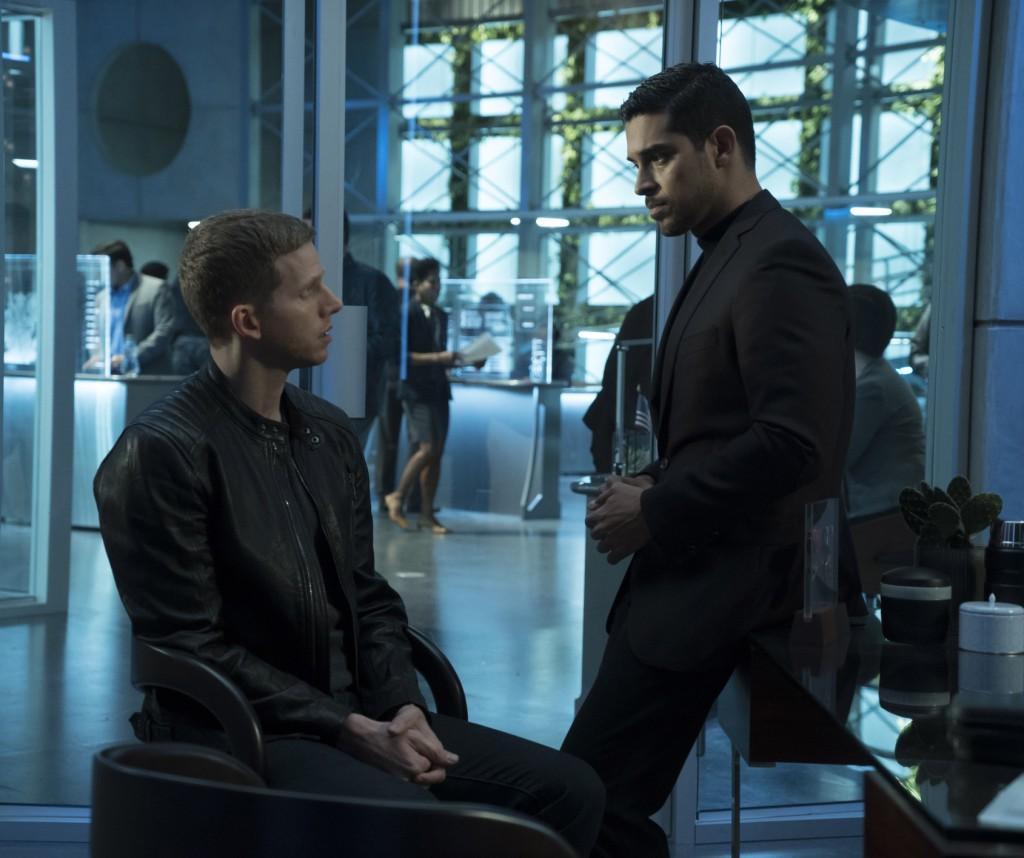 "MINORITY REPORT: L-R: Dash (Stark Sands) with Det. Will Blake (Wilmer Valderrama) ""Hawk-Eye""  FOX. CR: FOX. © 2015 FOX Broadcasting."