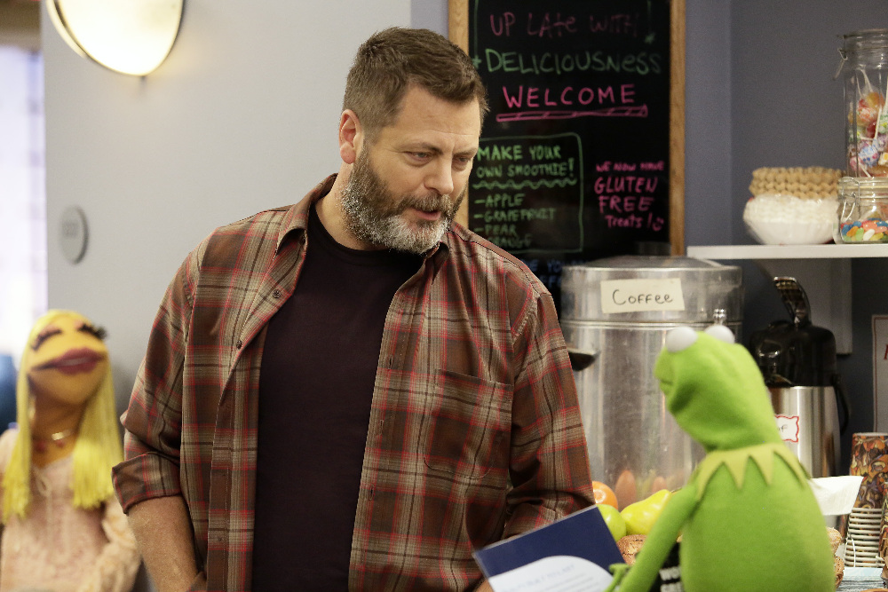 "THE MUPPETS - ""Bear Left then Bear Write""  (ABC/Nicole Wilder) NICK OFFERMAN, KERMIT THE FROG"